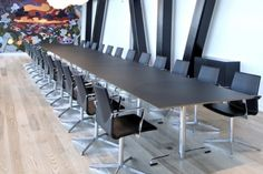FourMat Meeting Tables - Product Page: http://www.genesys-uk.com/FourMat-Meeting-Tables.Html  Genesys Office Furniture Homepage: http://www.genesys-uk.com/  The FourMat Meeting Table is elegantly designed with a knife edge detail, and a T-frame in aluminium, available as a single table or as a modular system.