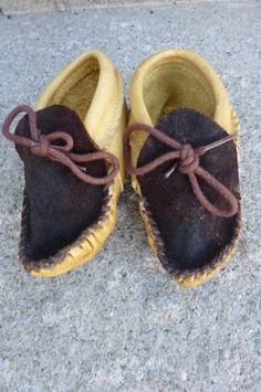 baby moccasins gotta make these