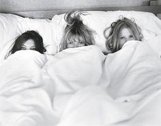 morning photos with bridesmaids!
