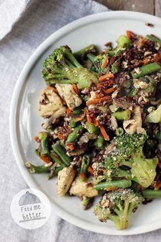 Feed Me Better: Pomysł na fit obiad - smażony ryż.