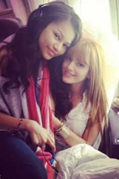 In love I see,best friend forever zendaya and bella thorne.