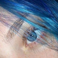 Image de blue, hair, and eyes Pastel Grunge, Grunge Hair, Whats Wallpaper, Daughter Of Smoke And Bone, Chloe Price, Bleu Pastel, Everything Is Blue, Photo D Art, Aesthetic Colors