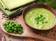 Com a falta de tempo, a alternativa para uma refeição prática recai sobre as sopas prontas. Que tal fazer de forma rápida um preparo com ervilhas naturais?