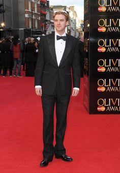 Pin for Later: Quelque Part Entre Downton Abbey et Maintenant, Dan Stevens Est Devenu Vraiment Pas Mal En 2012