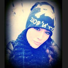 #GiorgiaPalmas Giorgia Palmas: E anche a Milano... nevica!! ❄️❄️ #snow #wintertime #neve #milano #instadaily #frozenselfie #me #giorgiapalmas