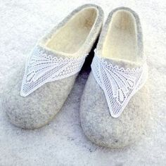 Felted slippers Grey and White with white lace Women House shoes Eco friendly Valentines day gift