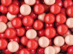 Жев. резинка RUSGUM Вишневый коктейль 20 мм 5*400 штук Артикул: 205409 Описание: Жевательная резинка российского производства. Диаметр 20 мм. Цвет: Красный, Вишнёвый, Кремовый. Вкус: Вишня.