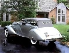 The 1934 Packard Twelve Sport Phaeton by LeBaron was a luxurious response to new Cadillac engines. See the 1934 Packard Twelve Sport Phaeton here. Retro Cars, Vintage Cars, Antique Cars, Peugeot, Jaguar, Automobile, Counting Cars, Classy Cars, Porsche