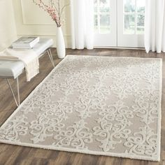 Shop for Safavieh Handmade Bella Sand/ Ivory Wool Rug (6' x 9'). Get free shipping at Overstock.com - Your Online Home Decor Outlet Store! Get 5% in rewards with Club O!