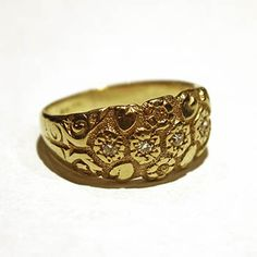 Antique Gold Ring, 18k yellow gold ring with 4 diamonds. Circa 1910. Size 9.5 (May be sized to fit) $1871.00