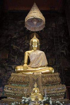Black Buddha, Thai Buddha Statue, Buddha Buddhism, Ganesha, Temples, Statues, Awesome, Amazing, Meditation