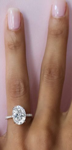 Solitaire to diamond band proportion