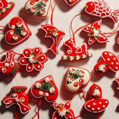 licitarska srca dipped and decorated sandwich cookies from Croatia