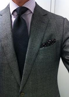 Ermenegildo Zegna suit (Milano cut)  Finamore shirt  Vanda (unlined, 7 fold, silk linen) tie  Tom Ford silk pochette  Creed Bois du Portugal