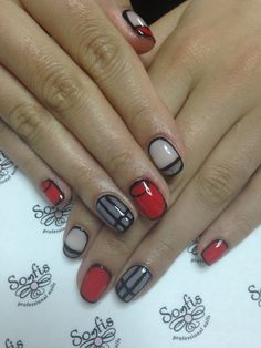Red black nails by Somfis !