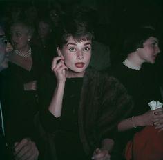 http://www.marieclaire.it/Attualita/gossip/audrey-hepburn-stile-foto#16