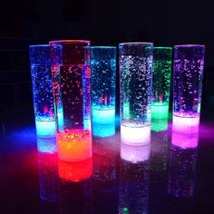 Set of 12 Modern Home LED Tall Cocktail Glass Colors Plus Fade - Vacation tumbler - Glow Stick Jars, Glow Jars, Glow Sticks, Sommer Pool Party, Glow In Dark Party, Neon Birthday, Birthday Parties, Long Drink, Cocktail Glass