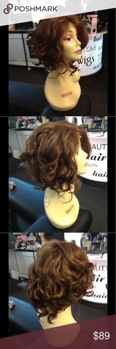 New style for summer 2017 Lacefront Wig Curly Wig Brand new Lacefront curly 4/27/30 Wig5 stars reviews I'm the #1 wig sales in the USA I sell Quality your looking at real photos if you see it yes it's available I run my closet like my business IM OCD about getting your wig out if you need it by Friday I got you welcome to my closet thus is a high quality heat resistant adjustable cap with combs inside up to 390 I recommend starting at 360 until you get used too your iron all my wigs come in…