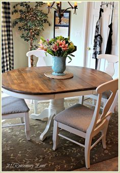 21 Rosemary Lane: Freshened Up Kitchen Table and Chairs--two tone table? Repainting Kitchen Tables, Kitchen Table Chairs, Kitchen Table Makeover, Dining Room Table, Table And Chairs, Dining Chairs, Wood Table, Dining Rooms, Brown Furniture