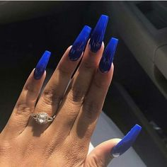 Acrylic Nails are probably the most trending buzzword within the style business now. From Acrylic Nails for Summers to Winters to the number of Acrylic Nail Designs and Acrylic Nail shapes – Discover Blue Coffin Nails, Blue Acrylic Nails, Summer Acrylic Nails, Acrylic Nail Designs, Fabulous Nails, Perfect Nails, Gorgeous Nails, Pretty Nails, Aycrlic Nails