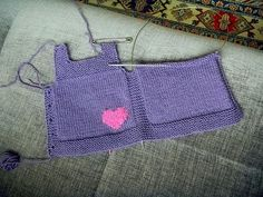 "diy_crafts-Vestido para bebe hecho a punt ""Discover thousands of images about baby knitted dress *inspiration"", ""Ravelry: fanalaine's Pebble, Knitting For Kids, Baby Knitting Patterns, Baby Patterns, Free Knitting, Knit Baby Dress, Baby Cardigan, Chicken Sweater, Knitted Heart, Vest Pattern"
