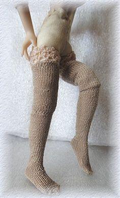 Workshop poppenhuis gebreide kousen Gestrickte Damenstrümpfe