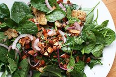 baby spinach salad w/dates and almonds