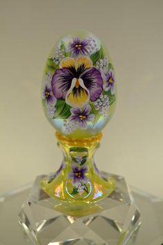 Cut Glass, Glass Art, Fenton Glassware, Mccoy Pottery, Faberge Eggs, Egg Art, Egg Decorating, Carnival Glass, Ideas