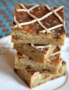 Snickerdoodle Blondies from Recipe Girl. These are amazing! Taste just like the cookies with much less work