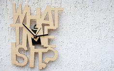 Orologio di design da parete in betulla, What time is it?