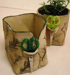 Pressed Herb Pots #PotteryClasses