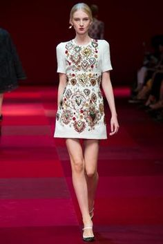 Dolce & Gabbana Spring 2015 Ready-to-Wear Fashion Show: Complete Collection - Style.com