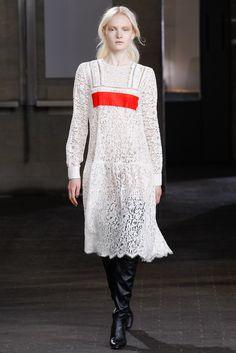 Preen by Thornton Bregazzi Fall 2014 Ready-to-Wear Fashion Show - Maja Salamon