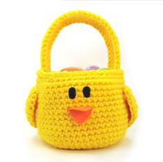 Welcome Sweet Chick the bird to my Easter basket pattern line! Easy single crochet basket construction with a few half double crochets. Clear written pattern will arrive at your inbox within 10 minutes of your payment clearing. Gotta love the instant gratification of this online world.