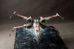 """X-Wing z """"Gwiezdnych Wojen"""" - zbudowany od podstaw. Autor - Bernard Szukiel. W wątku na forum zawarto pozostałe egzemplarze."""