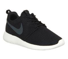 Nike Roshe Run Black Anth Sail - Unisex Sports