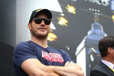 Chris Pratt Stopped By A Screening Of 'Guardians Of The Galaxy' To Take Selfies With All Of The Kids