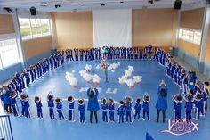 """#ColegiosISP celebró coincidiendo con el 30 de enero, el Día Escolar de la No Violencia y la Paz, conmemorando el aniversario de la muerte del Mahatma Gandhi. El alumnado de #PrimariaISP participó en una serie de actividades recordando el lema de este día: """"El amor universal es mejor que el egoísmo, la no-violencia es mejor que la violencia y la paz es mejor que la guerra"""". #DíaDeLaPazISP #DaleunclickaCompartir 👍🏻"""