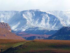 Snow Peaks in Maclear