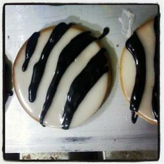 The Black and White Cookie Company Black And White Cookies, Cookie Company, Yummy Treats, Tasty, Food, Instagram, Essen, Meals, Yemek