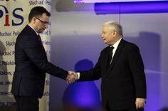 POLITYKA ostatecznie wygrała proces z PiS i ze Zbigniewem Ziobrą - Polityka.pl   Partia i minister sprawiedliwości poczuli się urażeni informacjami, że za rządów tej partii w latach 2005–2007 gromadzone były haki na znanych polityków. POLITYKA wygrała z nimi proces, ale odwołali się od wyroku. Dziś wycofali z sądu swoją apelację.