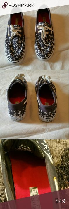 Sperry Top Side Size 7 Excellent  Condition Sperry Top-Sider Shoes Slippers