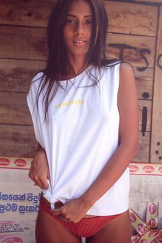 SUNFINITY White, cotton top with yellow print. Mulholland Life - women's clothing brand in search of good vibes. Inspired by nature & travels. Made ethically in Poland for all the daydreamers, travelers and escapists alike! Yellow Print, Woman Beach, Surf Girls, Beachwear For Women, Yoga Wear, Sri Lanka, White Cotton, Poland, Ss