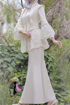 Sleeves Designs For Dresses, Prom Dresses Long With Sleeves, Unique Prom Dresses, Simple Dresses, Bridal Dresses, Indian Fashion Dresses, Girls Fashion Clothes, Muslim Fashion, Pakistani Formal Dresses