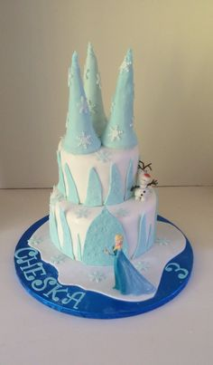 Another Frozen castle cake with Elsa and Olaf by www.boutiquebakehouse.co.uk Frozen Castle Cake, Celebration Cakes, Olaf, Party Cakes, Parties, Boutique, Desserts, Food, Shower Cakes