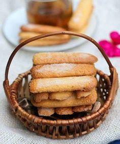 Lady Finger Cake (Banh Sampa)
