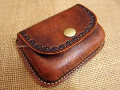 Leather coin purse wet moulded small wet formed from CARACODA