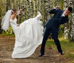 http://www.atlanticcoastentertainment.com/images/ACEpics/WedFun/karate-wedding-721982.jpg