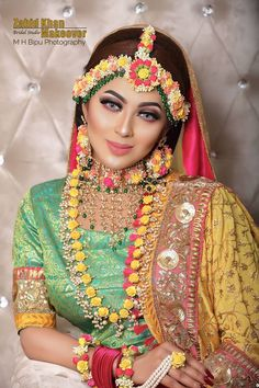 We Provide Exclusive Gaye Holud Jewelry,Wedding Jewelry, and Artificial Flowers Hair Bun. Authentic Store of Women's Luxury Wedding Goods. To Get Any Worldwide vice Within Your Demands.Call us or Whatsup us Bridal Mehndi Dresses, Pakistani Bridal Makeup, Pakistani Wedding Outfits, Indian Outfits, Bridal Makeup Looks, Bridal Looks, Bridal Style, Indian Wedding Jewelry, Indian Bridal