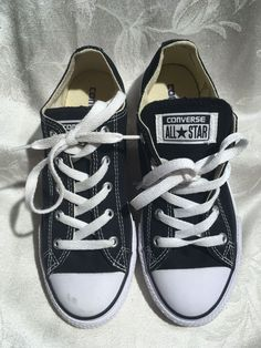 bbbfd83e133c3 Converse All-Star Youth New Black And White Sneakers Size3 35  fashion